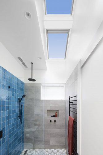 RM2 Bathroom Harry & Tash-101